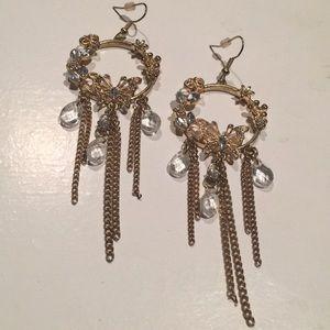 Jewelry - 💐PRETTY EARRINGS💐